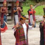 82.dansshow van de Bataks
