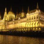 budapest-by-night-vanaf-de-rivier